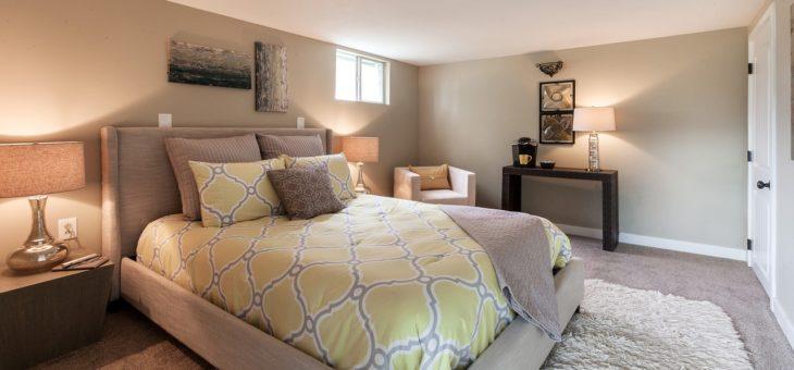 Le pour et le contre d'avoir un tapis dans une chambre